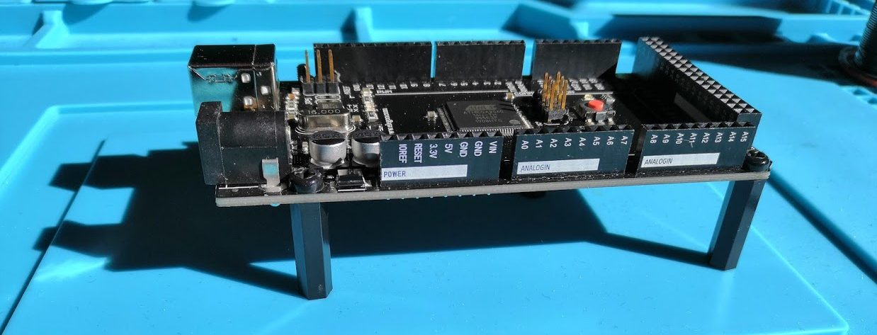 Arduino with pillars fitted